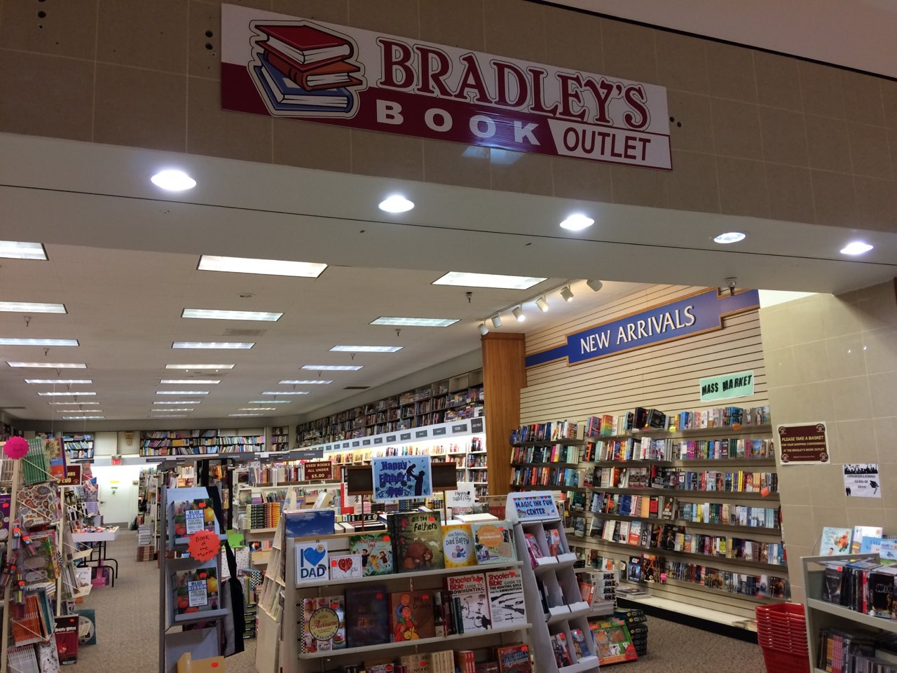 Bradley's Book Outlet storefront at Cranberry Mall